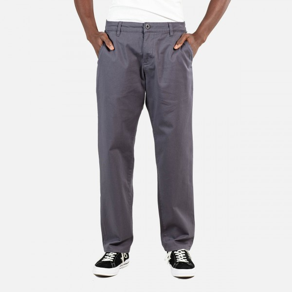 REELL Regular Flex Chino Dark Grey zupport 01